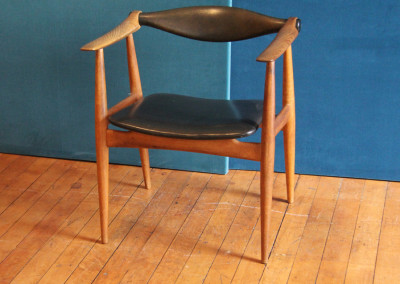 "Chair ""Yoke"" by Hans J. Wegner"